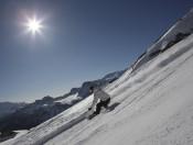 Breite Pisten, Schnee und Sonne: Wintervergnügen unter der milden Südtiroler Sonne auf der Seiser Alm.