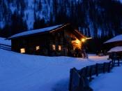 almhuette-winter-ahrntal