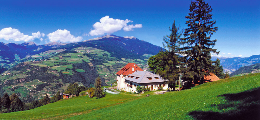 Gasthof Ansitz Fonteklaus – Ferien im Südtiroler Eisacktal