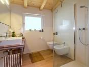 appartements-cornelia-kastelruth-dusche