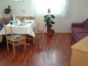 appartements-hofer-olang-tisch