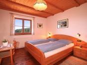 dosserhof-kastelruth-schlafzimmer