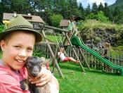 durnmueller-seis-spielplatz Durnmüllerhof – Urlaub auf dem Bauernhof in Seis am Schlern
