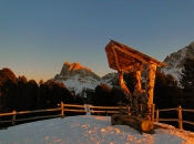 dolomiten-sonnenuntergang-winter