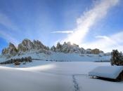 geisler-spitzen-winterpanorama
