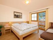 ferienwohnung-alpenfrieden-schlafzimmer