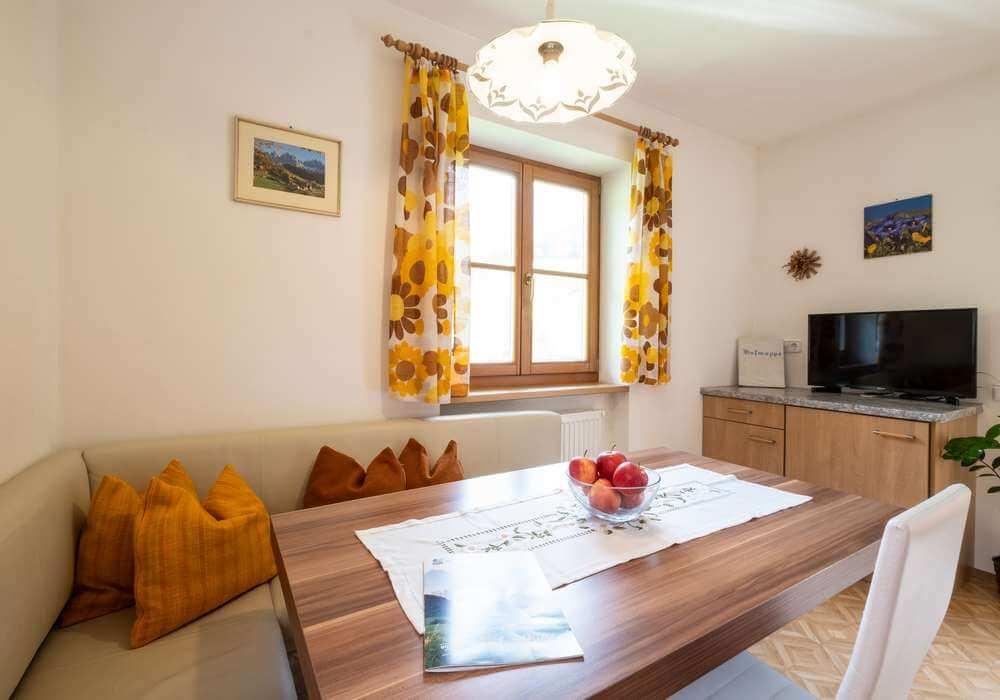 Behagliche Ferienwohnungen mit Dolomitenblick