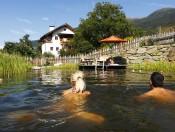 froetscherhof-brixen-naturbadeteich-schwimmen