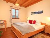 froetscherhof-brixen-wohnung-linde-elternzimmer