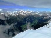 Blick auf das beeindruckende Pfunderer Tal mit den Pfunderer Bergen