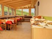 goldrainerhof-kastelruth-fruehstuecksraum