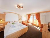 hotel-gstatsch-seiser-alm-schlernzimmer