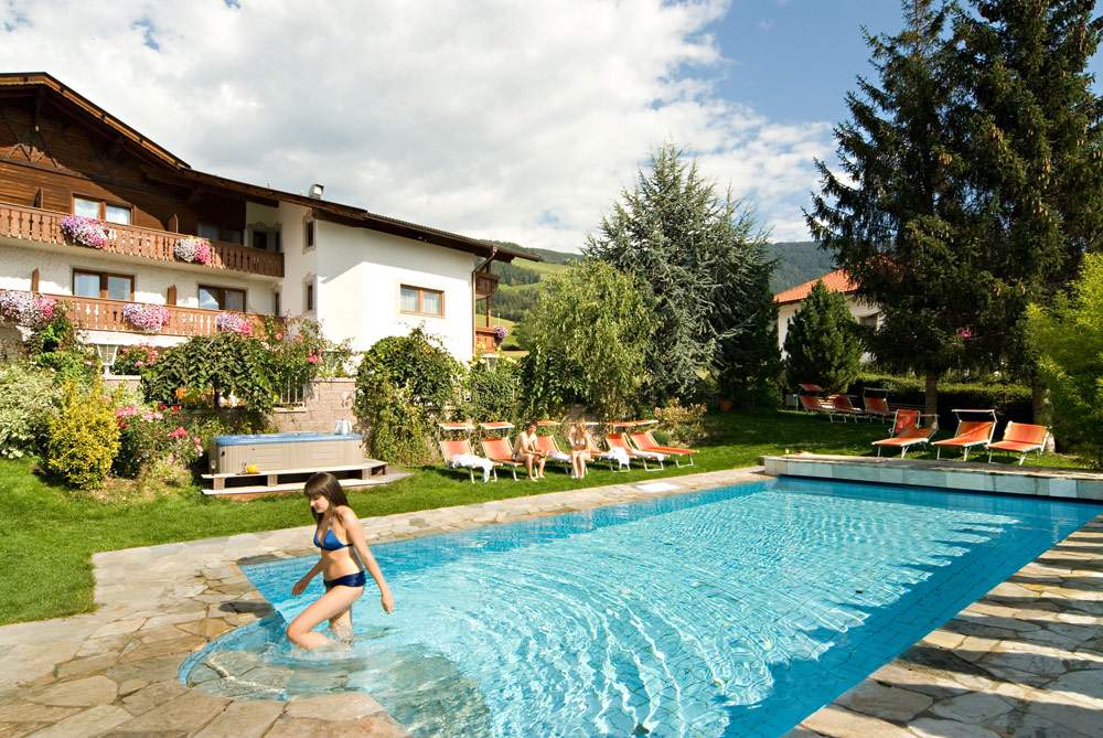Hotel Rosenheim in Rodeneck