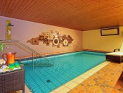 hotel-savoy-kastelruth-hallenbad