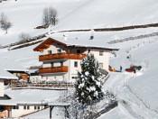 huberhof-mareit-ratschings-winter