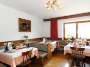 innermitterhof-olang-speisesaal