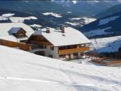 innermitterhof-olang-winter1