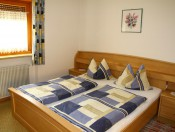 mairhof-lajen-schlafzimmer