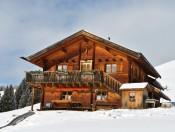 marmsolhof-kastelruth-almhuette-winter