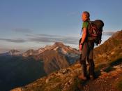 bergsteier-sonnenaufgang-hohe-weisse