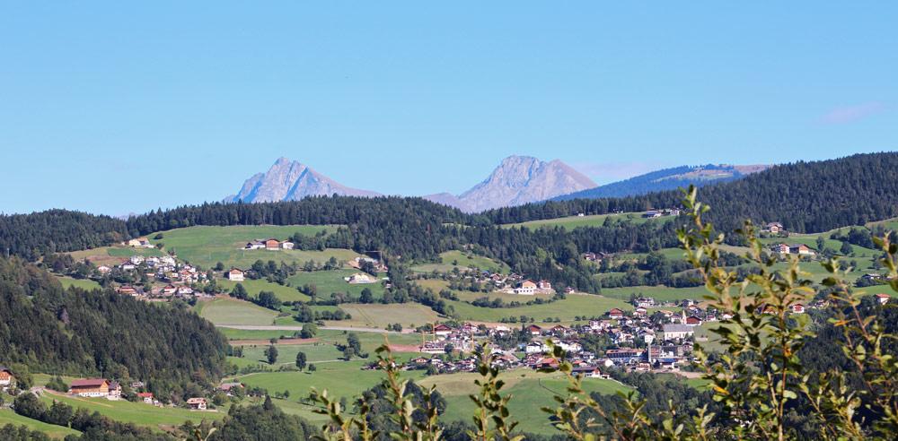 Urlaub in Mölten- Dem aussichtsreichen Hochplateau im Meraner Land
