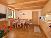 niglutschhof-kastelruth-ferienwohnung_1-kueche