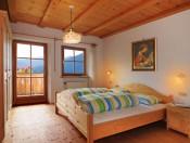 obererhof-brixen-schlafzimmer2