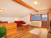 obwegiserhof-oberrasen-ferienwohnung-almrose-wohnzimmer