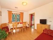 obwegiserhof-oberrasen-ferienwohnung-edelweiss-wohnzimmer