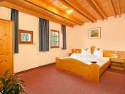 perfila-olang-ferienwohnung-b-schlafzimmer