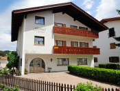 Schönes Ferienhaus im Dorfzentrum von Kastelruth