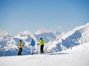 familien-skifahren-ratschings