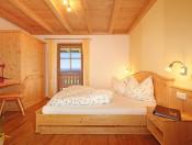 ronsolhof-kastelruth-ferienwohnung-santner-doppelzimmer