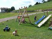 ronsolhof-kastelruth-spielplatz