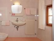 schmalzerhof-eppan-badezimmer