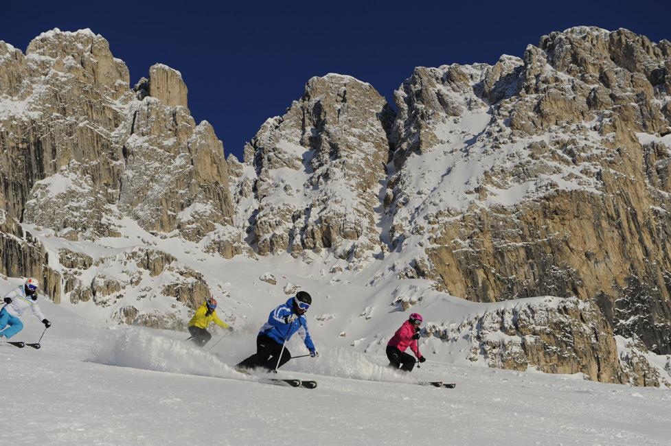 Winterurlaub im Eggental - Skispaß mitten in den Dolomiten