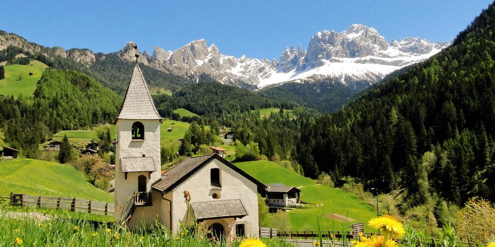 Südtirol Dolomiten: Endlose Berge und idyllische Täler