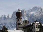 kirche-tiers-am-rosengarten-winter