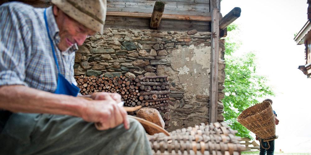 Einblick in die Alltagskultur der einheimischen Bauern