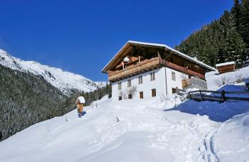 Südtiroler Schneeparadies im Winter