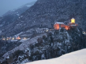schloss-tirol-winter