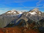 panoramasicht-rotbachlspitze-zillertaler-alpen